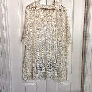 MONORENO off white all lace tunic with hoodie